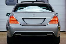Free Gray Mercedes-benz Suv Stock Photography - 114677552