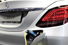 Free Motor Vehicle, Car, Automotive Lighting, Automotive Design Royalty Free Stock Photo - 114712455