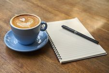 Free Coffee, Coffee Cup, Tableware, Cappuccino Royalty Free Stock Photography - 114712487