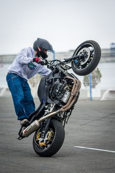 Free Motorcycle, Stunt, Stunt Performer, Motorcycling Stock Photography - 114790112