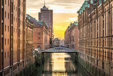 Free Reflection, Waterway, City, Water Stock Photography - 114790772