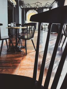 Free Photo Of Empty Cafe Stock Image - 114825571