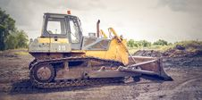 Free Yellow And Brown Metal Pay Loader On He Dirt Stock Photo - 114892350