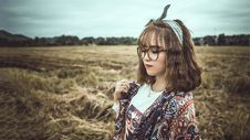 Free Selective Focus Photography Of Woman Wearing Black Framed Eyeglasses And Gray Headband Royalty Free Stock Images - 114892539