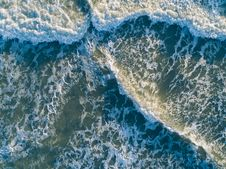 Free Bird S Eye View Of Ocean Royalty Free Stock Photography - 114943907