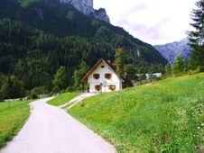 Free Mountain House Royalty Free Stock Photos - 1157168