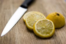 Free Lemon Slices Stock Images - 1157454