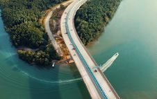Free Aerial Photography Of Concrete Bridge Royalty Free Stock Photos - 115269158