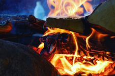Free Campfire, Fire, Flame, Heat Royalty Free Stock Photo - 115286765