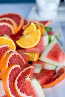 Free Close-Up Photography Of Sliced Fruits Royalty Free Stock Images - 115423209