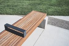 Free Photo Of Wooden Bench Near Grass Stock Photo - 115423310