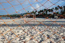 Free Goalie Net On Seashore Royalty Free Stock Images - 115423329