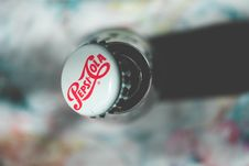 Free Shallow Focus Photography Of Pepsi-cola Bottle Cap Stock Images - 115423794