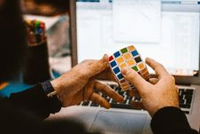 Free 4x4 Rubik S Cube On A Man S Hand Royalty Free Stock Photos - 115483608