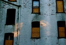 Free Grey Concrete Tenement Royalty Free Stock Image - 115483686