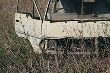 Free White Vehicle Stock Photo - 115550140