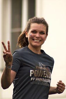Free Woman Running Wearing Gray Shirt Stock Photo - 115550290