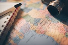 Free Selective Focus Photography Of World Map Stock Photography - 115550452