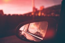 Free Close-Up Photography Of Side Mirror During Dawn Royalty Free Stock Photos - 115628138