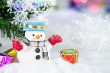 Free Snowman And Drum Decor Stock Images - 115628194