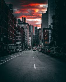 Free Photography Of Roadway During Dusk Royalty Free Stock Images - 115628269