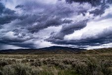 Free Mountains Under Cloudy Sky Royalty Free Stock Photo - 115773645