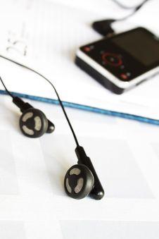 Free Headphones Royalty Free Stock Image - 11582736
