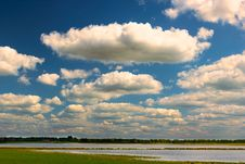 Free Sky, Cloud, Cumulus, Grassland Stock Image - 115877471