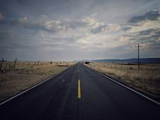 Free Landscape Photography Of Pavement Road Stock Photos - 115976923