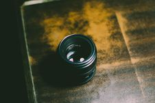 Free Person Taking Photo Of Camera Lens Stock Photo - 115977150
