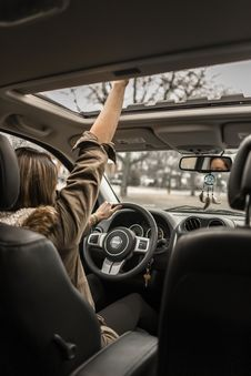 Free Photo Of Woman Driving Car Royalty Free Stock Images - 115977169
