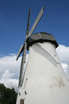 Free Old Windmill Stock Photo - 1160060