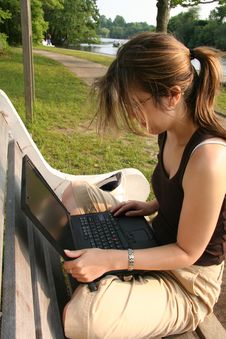Free Student Working On Laptop Royalty Free Stock Photos - 1164658