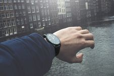 Free Close-Up Photography Of A Person Wearing Wristwatch Stock Photos - 116050273