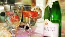 Free Drink, Champagne Stemware, Wine Glass, Champagne Stock Image - 116069161