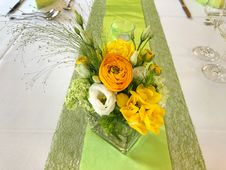 Free Flower, Flower Arranging, Yellow, Floristry Stock Images - 116267254