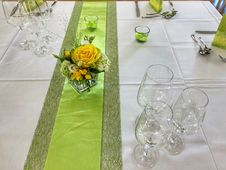 Free Flower, Green, Yellow, Flower Arranging Royalty Free Stock Photos - 116267268