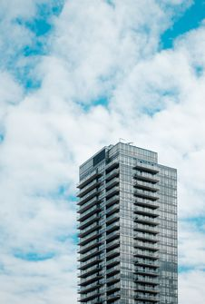 Free High Angle Photo Of Gray High Rise Building Stock Photography - 116371112