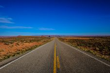Free Straight Road Surrounded With Grass Stock Photo - 116371410