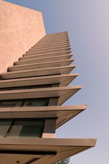 Free Low Angle Photo Of Beige High Rise Building Stock Photo - 116371550