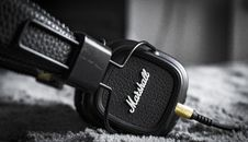 Free Selective Focus Photography Of Marshall Corded Headphones Royalty Free Stock Images - 116371579