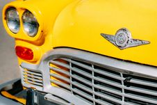 Free Closeup Photograph Of Yellow Car Grille Royalty Free Stock Image - 116504366