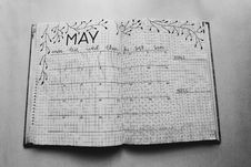 Free Close Photo Of May Calendar Book Royalty Free Stock Photos - 116504628
