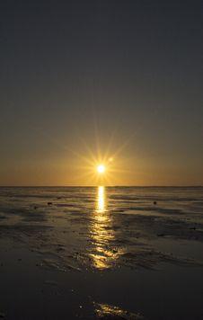 Free Horizon, Sea, Calm, Sun Royalty Free Stock Photography - 116612017