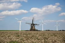 Free Windmill, Wind Farm, Wind Turbine, Field Royalty Free Stock Photos - 116612098