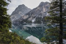 Free Mountains Near Body Of Water Panoramic Photo Royalty Free Stock Photo - 116695225