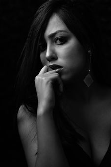 Free Grayscale Photo Of Woman In Black Plunging Neckline Top Royalty Free Stock Photos - 116695378