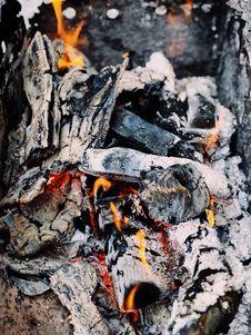Free Photo Of Pile Of Burning Wood Stock Photography - 116695742