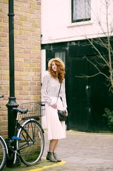 Free Woman Wearing White Long-sleeved Dress Near Bicycle Royalty Free Stock Images - 116695929