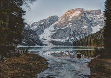 Free Landscape Photography Of Body Water Across Mountain Stock Photography - 116776142